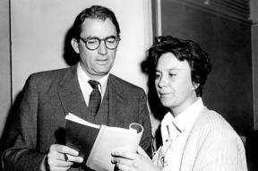 2-19-14-Harper-Lee-and-Gregory-Peck_full_380