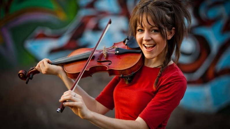 770x433xlindsey-stirling-celebrity-hd-wallpaper-1920x1080-5469-1024x576.jpg.pagespeed.ic.mucpunbClH